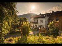 Wunderschöne Aussicht vom Balkon des Kleinerhofers Himbeernest in Anger in der Steiermark