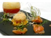 Label-Rouge-Lachs mit Fenchel und Campari-Orange