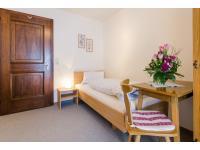 Einzelbetten Zimmer zur Ferienwohnung