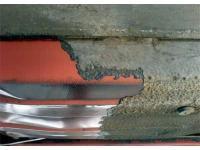 Entfernen von Unterbodenschutz mit Trockeneis