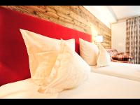 Zimmer für 2-4 Personen   HOTEL SERFAUS (Tirol, AUT)