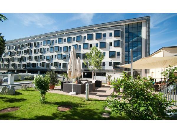Vorschau - City Hotel Aussenansicht 1