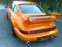 Porsche 911   Orange