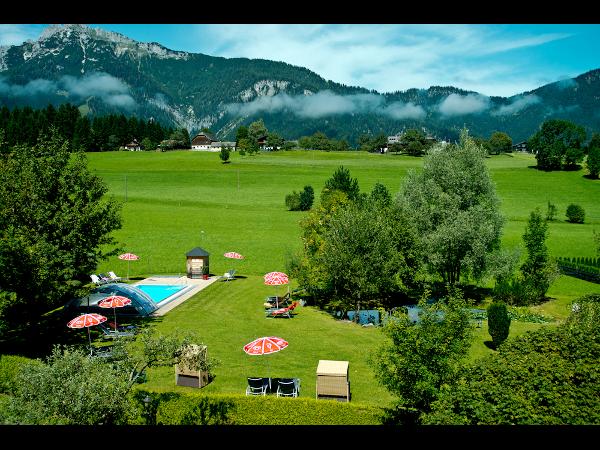 Vorschau - Hotelgarten mit Panoramablick - Foto von HotelHiW