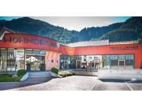 Tischlerei und Wohndesign Tschallener GmbH & CoKG