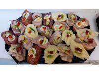 Käse-, Salami-, Schweinsbraten- oder Geselchtes- Brötchen aller Art