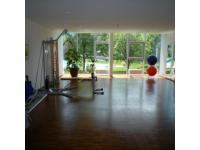 Trainingsraum mit Panoramablick auf den Rätikon