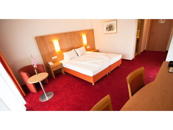Vorschau - Foto 1 von Hotel - Restaurant HABERL am Attersee