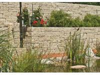 Mauer und Zaun von Friedl Steinwerke