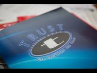 TRUST-Personal, VERTRAUEN SIE UNS