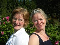 Ihre Gastgeber Anna und Alexa Voggenreiter