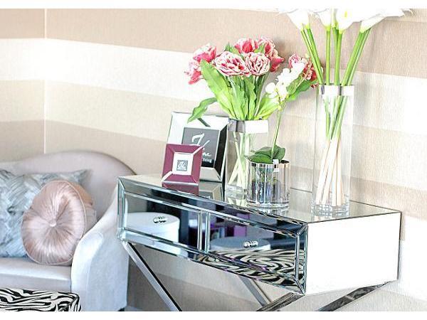 pure velvet interior home decoration e u 1060 wien m bel einzelhandel. Black Bedroom Furniture Sets. Home Design Ideas