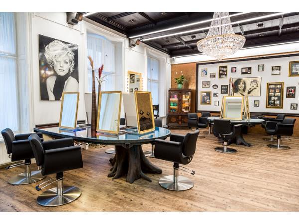 Vorschau - Foto 10 von Coiffeur Vogl hair.beauty.wellness