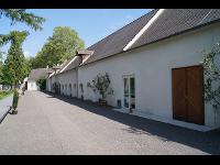 Neue Fenster und Türen für Schloß Lackenbach