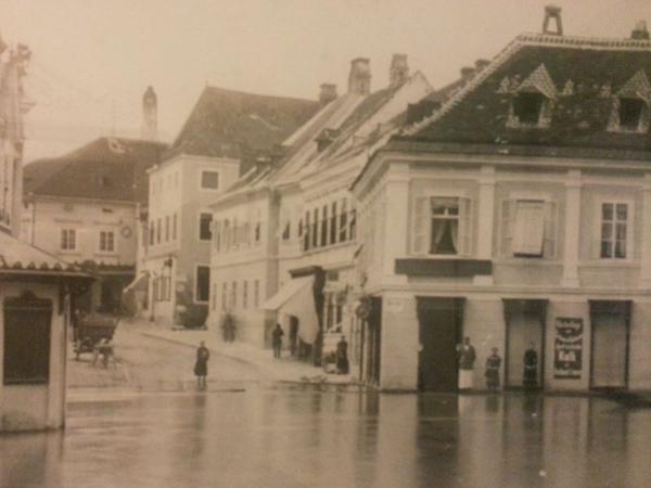 Vorschau - Historisches Bild von dem 101 Jahren bestehenden Betrieb in Melk - Foto von hirsch.stefanie