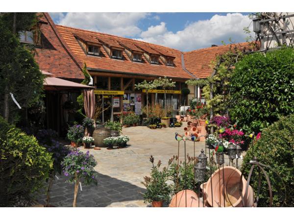 Innenhof - Dekoratives für Balkon und Terrasse