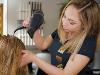 Thumbnail Bibi beim Haare föhnen