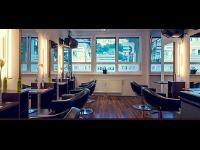 Ihr Friseur: effects by Mike Zerzer