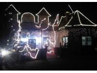 Eingang Haupthaus bei Nacht....