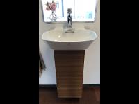 Handwaschbecken-Anlage € 499,--