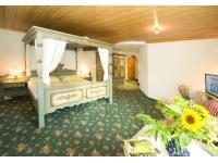 Beispiel Zimmer mit Himmelbett