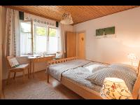 Doppelzimmer im Kleinhofers Himbeernest in Anger in der Steiermark
