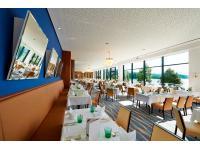 Hotelrestaurant mit Seeblick