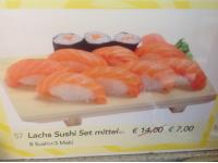 Lachs Sushi Set Mittel