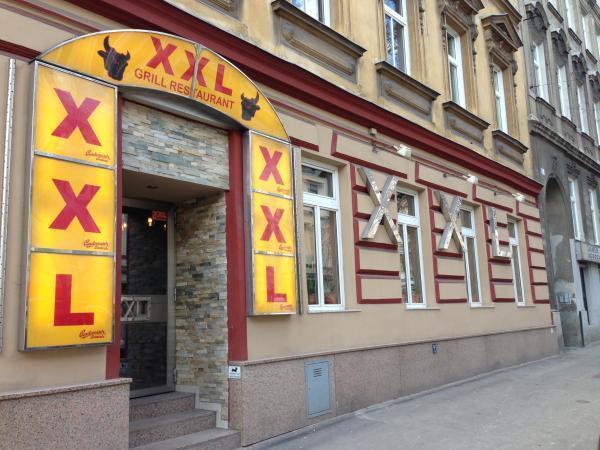 xxl restaurant in 1160 wien restaurant auf. Black Bedroom Furniture Sets. Home Design Ideas