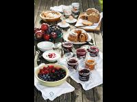 Hausgemachtes Frühstück im Kleinhofers Himbeernest in Anger in der Steiermark