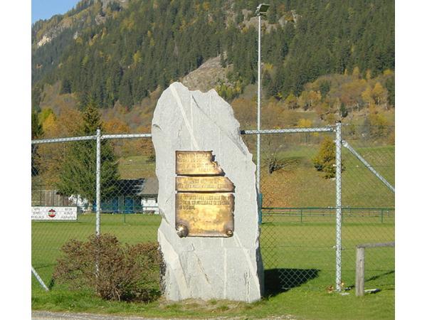 Vorschau - Denkmal - Foto von GIGLERERDBAUSTEINB