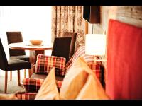 """Zimmer mit Frühstück im """"Alpinem Style"""": Hotel Serfaus"""