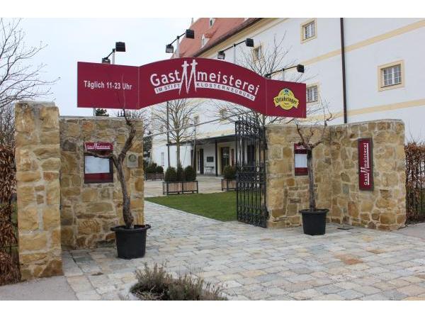 Stiftskeller In 3400 Klosterneuburg Restaurant Auf Heroldat