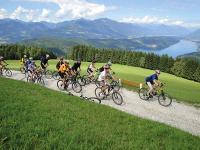 Kostenlos und wöchentlich geführte Rad- und Wandertouren