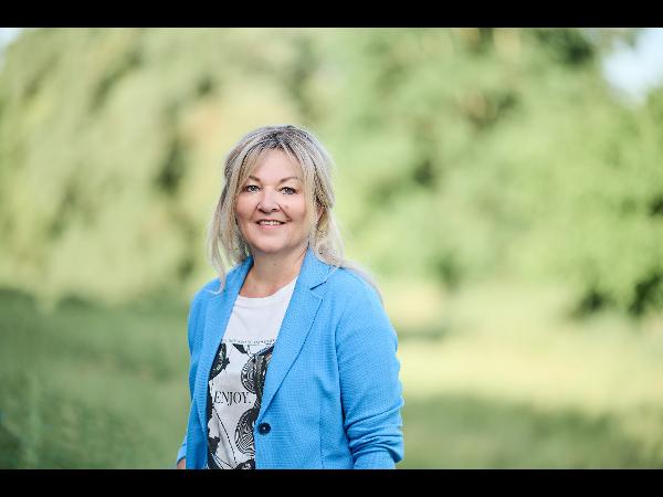 Vorschau - Manuela Thüringer | Assistentin der Geschäftsleitung