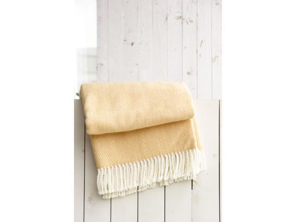 Vorschau - große Auswahl an Plaids, Decken und Kissen lagernd
