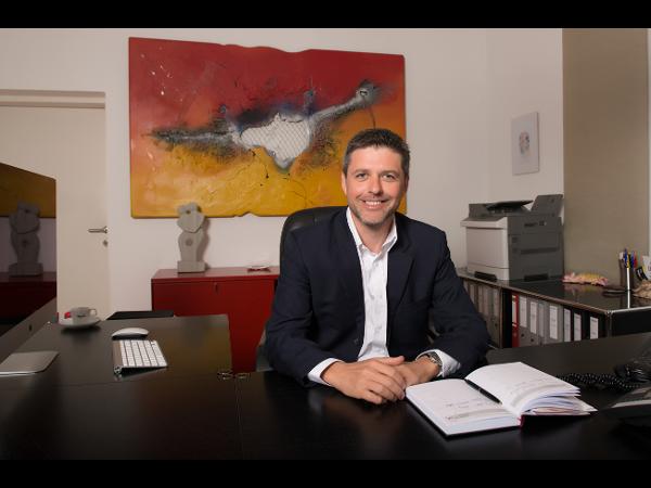 Versicherungsbüro Buchegger Dienstleistungs KG