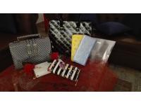 Taschen und Portmonee