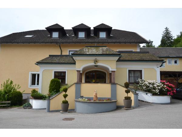 Wienerwaldhof Rieger, Tullnerbach-Lawies - rockmartonline.com
