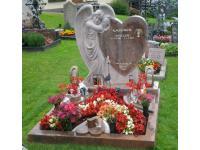 Familiengrab aus Multicolor Rot, Granit