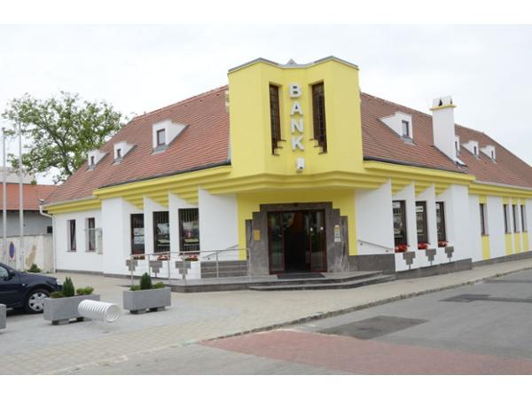 Vorschau - Foto 1 von Raiffeisenbank Region Parndorf eGen
