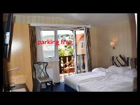 Zimmer m. Balkon Im Hotel