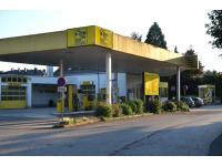Essmeister Tankstelle