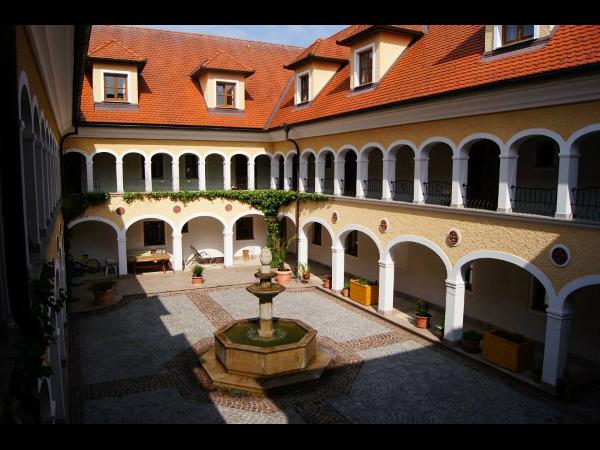 Innenhof mit schöner Architektur