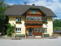 Glitschnerhof Haupthaus im Sommer