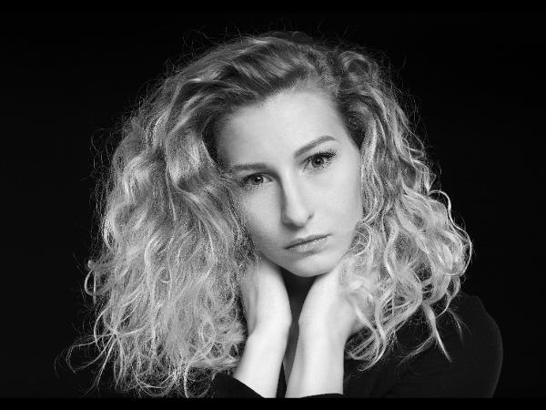 Anna SW Portrait