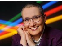 Dr. Brigitte Bernhart