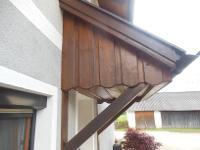 Reparaturen, Montage und Anstriche von Vordächern