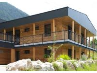 Einfamilienhaus mit Garconniere