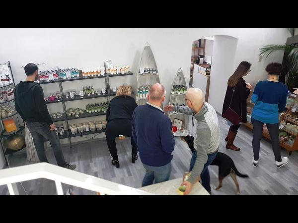 Vorschau - Inside Sevie Store - noch nicht ganz fertig eingerichtet...